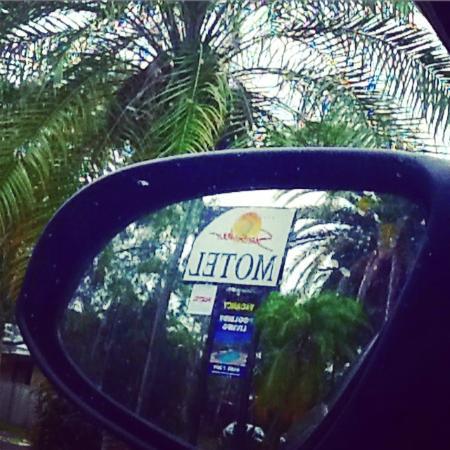 Byron Sunseeker Motel Byron Bay: Sunseeker sign