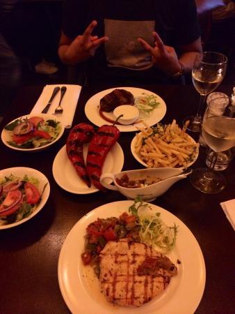 Gauchos Breda: Hoofdgerecht inclusief salade met de keuze uit verschillende frieten of groente. All-in! Voldoen