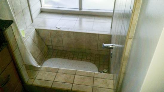 Custom tiled tub shower picture of the kapalua for Custom tubs and showers