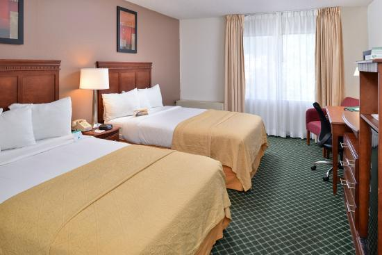 non smoking two double bed accommodations picture of quality inn rh tripadvisor com au