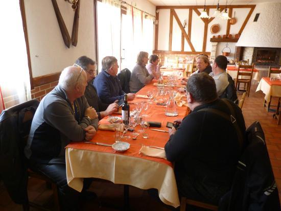 Auberge de la Plaine: salle à manger