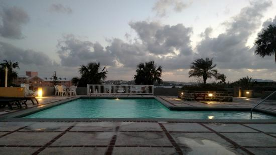 Rosemont: The Pool
