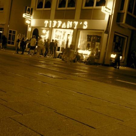 Tiffany's Steakhouse: Nightlife