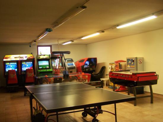 Sala giochi foto di hotel schneeberg family resort and spa ridnaun tripadvisor - Piscina concorezzo prezzi ...