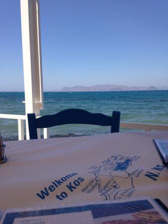 Blue Ocean Family Taverna: Blue ocean
