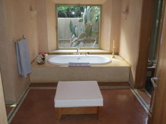 La Gazelle d'Or : The bathtub