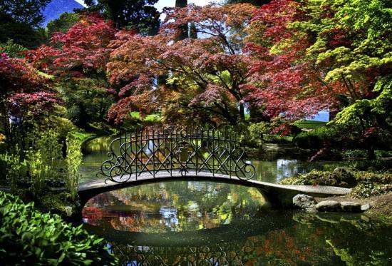 Villa melzi picture of i giardini di villa melzi for Laghetto giapponese