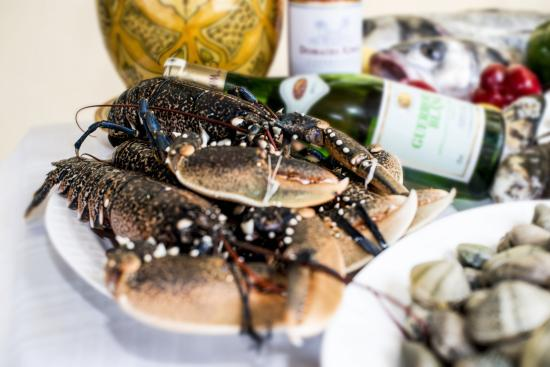 Zahra's Grill: Lobster