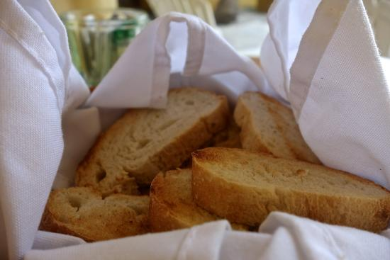 Casa Kau-Kan: Fresh baked bread for breakfast, served free of charge every morning.