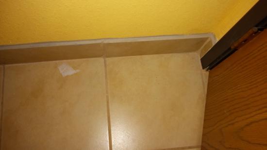 Quality Inn Central Wisconsin Airport: bathroom