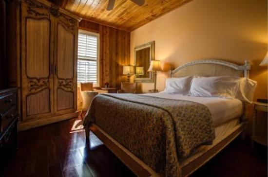 Jensen Beach Inn Hotel: Gator room - Handicap Accessible