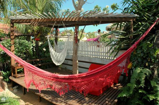 Pousada Atlantis: Lounge area, jardim