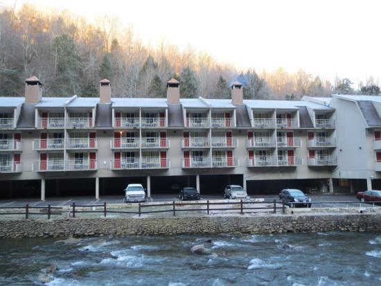 Days Inn Gatlinburg on the River: Days Inn Gatlinburg on the Pigeon River