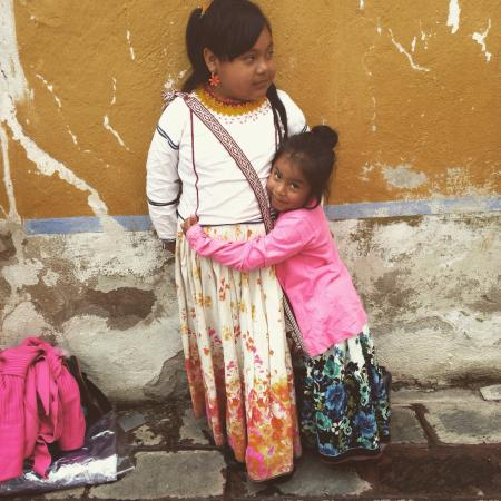 The Peña of Bernal: Beautiful necklace sales girls