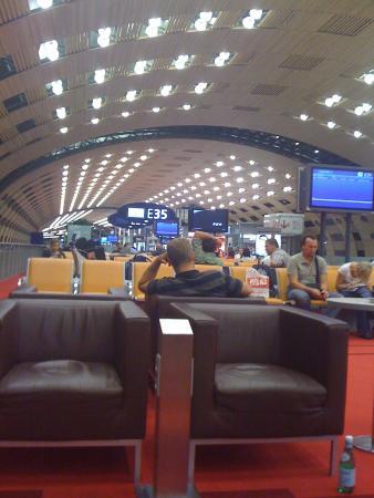Tourist Information Desk - CDG Terminal 2E