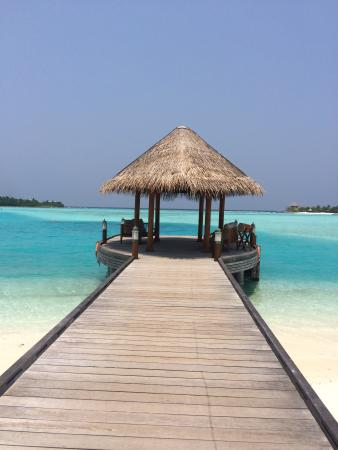 Anantara Dhigu Maldives Resort: Main Jetty