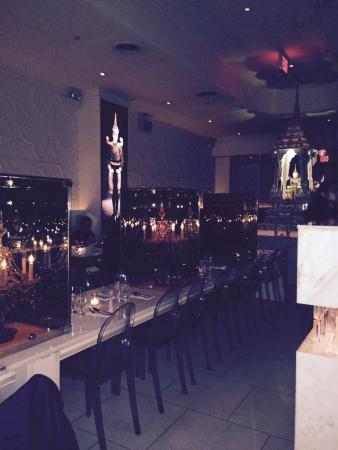 Qi: Interior of restaurant