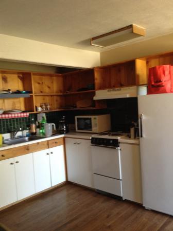 Norwood Inn: Kitchenette