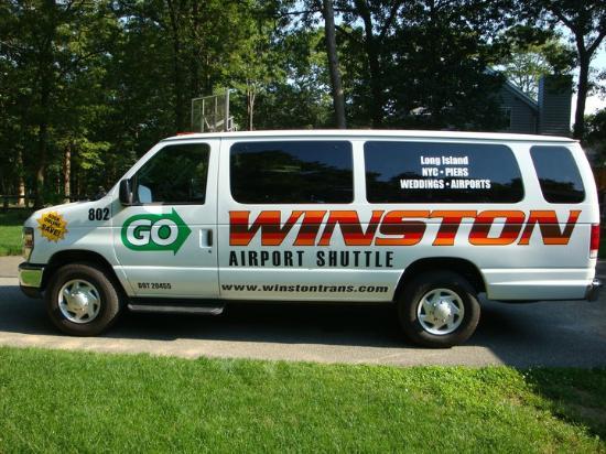 Medford, NY: Van