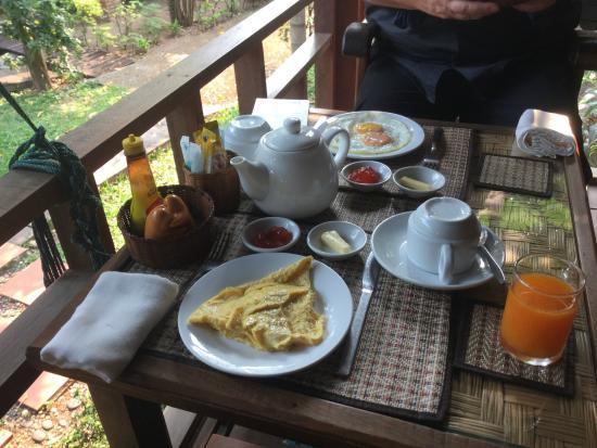 Auberge Sala Inpeng (Mekong Riverside Inn): petit déjeuner