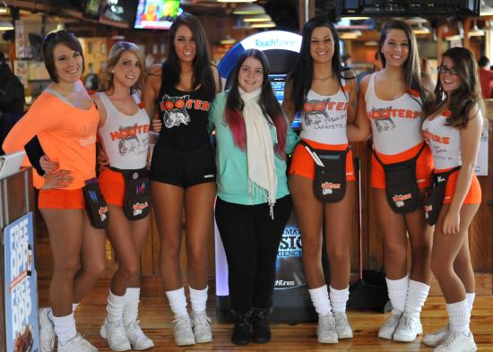 Hooters Lafayette: Myself with six Hooters waitresses