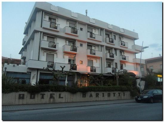 Hotel Mariotti: Außenansicht