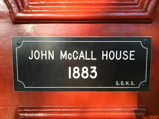 McCall House: Front door