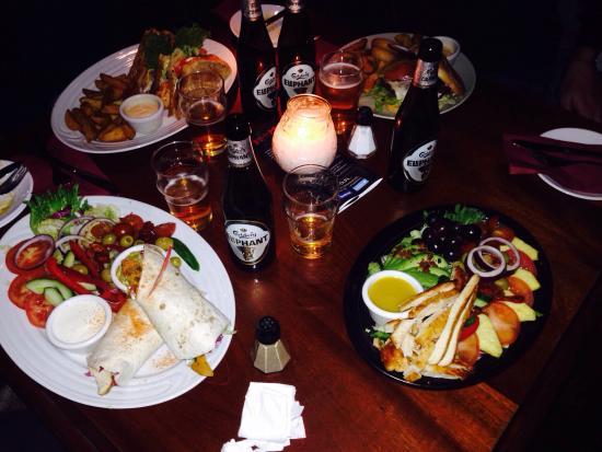 Rosie McGee's Restaurant & Bar : 4 different meals