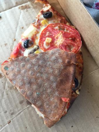 Naked Pizza : Over cooked crust