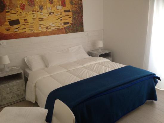 Hotel Spot: Camera
