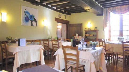 Le Manoir de l'Acherie: La Salle du Restaurant