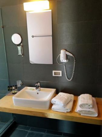 Filoxenia Apartments: BATHROOM 2