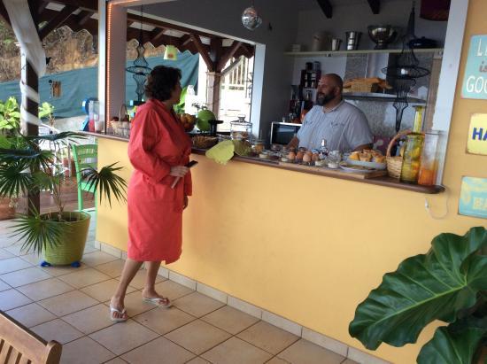 Harmonie Creole: È bello svegliarsi e fare colazione in questo posto così carino!