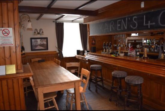 The Crewe & Harpur: Bar area