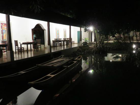 Villa Hundira: Dining Terrace