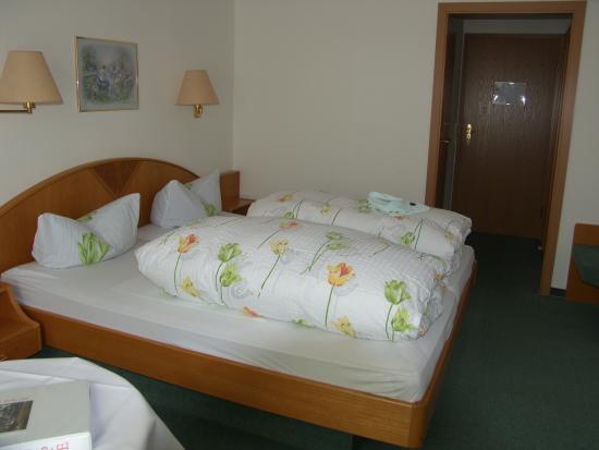 Hotel Adler-Post Obertal : Rotmurgzimmer