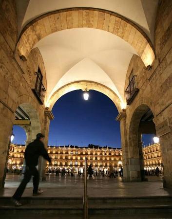 Salamanca's Plaza Mayor : Preciosa desde cualquier ángulo