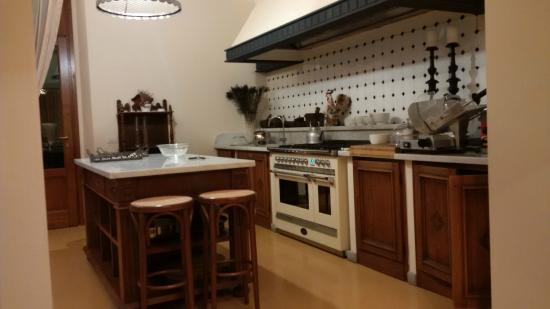 Borgo San Benedetto: cuisine de la villa