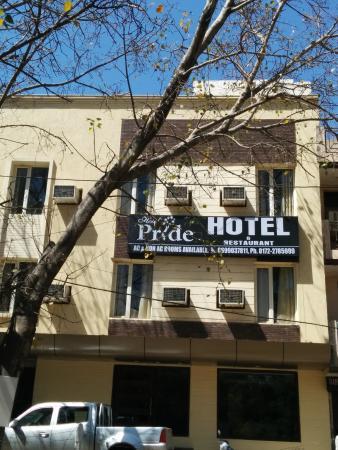 Hotel Pride