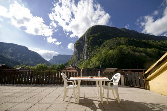 Hotel du Midi: Vue côté Via Ferrata
