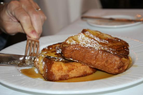 Rosewood Bermuda: French toast for breakfast at The Point!