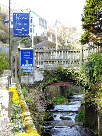 Penryn House Hotel: Great base for walking the coastal path