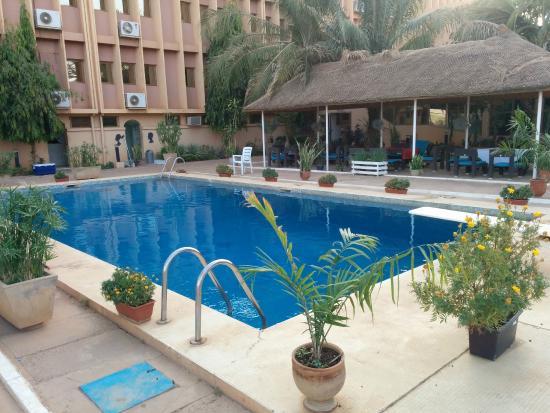 grand hotel du niger niamey voir les tarifs 63 avis et 77 photos. Black Bedroom Furniture Sets. Home Design Ideas