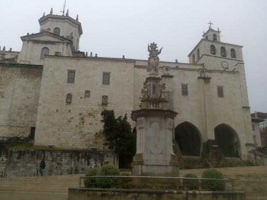 Cathedral Santander : Fachada de la Catedral
