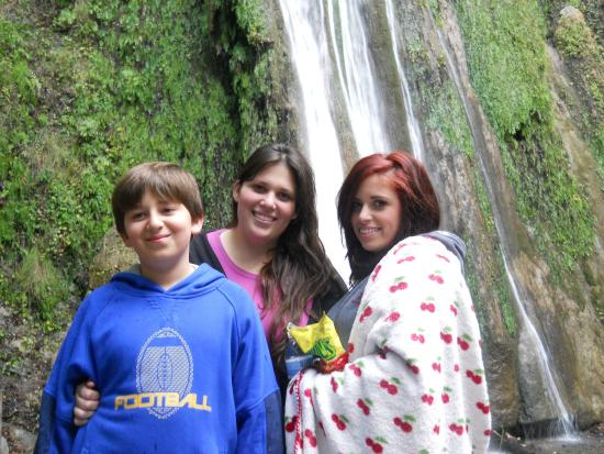 Nojoqui Falls Park: Having fun at Nojoqui Park
