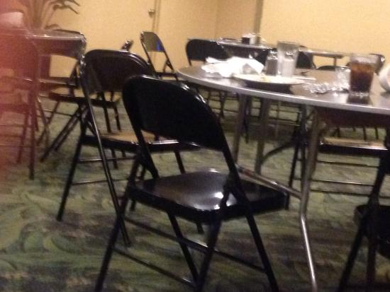 Ramada Plaza Fort Lauderdale: The dirty back room we were sent to eat our dinner in.