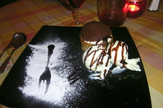 Mamma Mia Pizzeria & Ristorante Italiano: Tiramisu Muffin