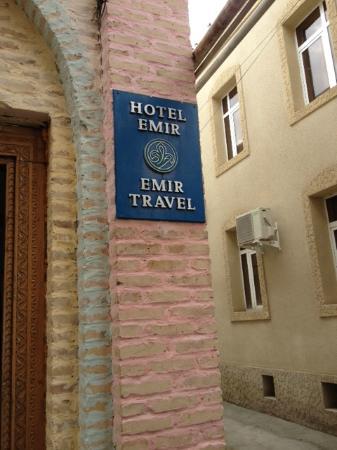 Emir Hotel: Табличка