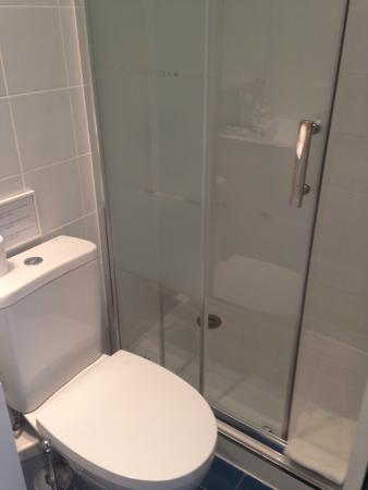 Flor da Baixa: Baño propio ducha nueva