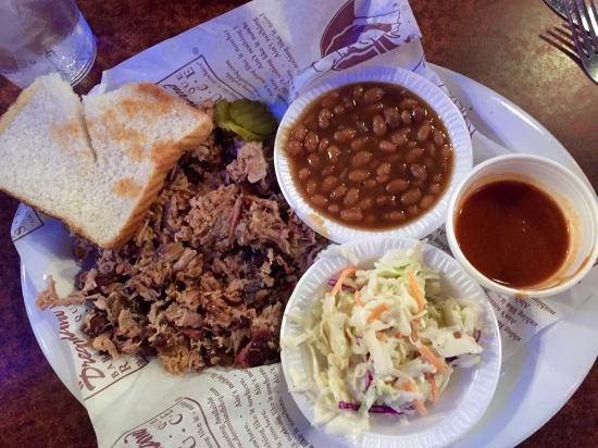 Dreamland BBQ: Chopped pork, cole slaw, & baked beans